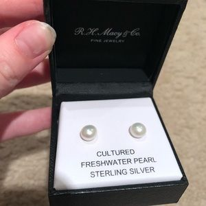 Accessories - CULTURED FRESHWATER PEARL EARRINGS